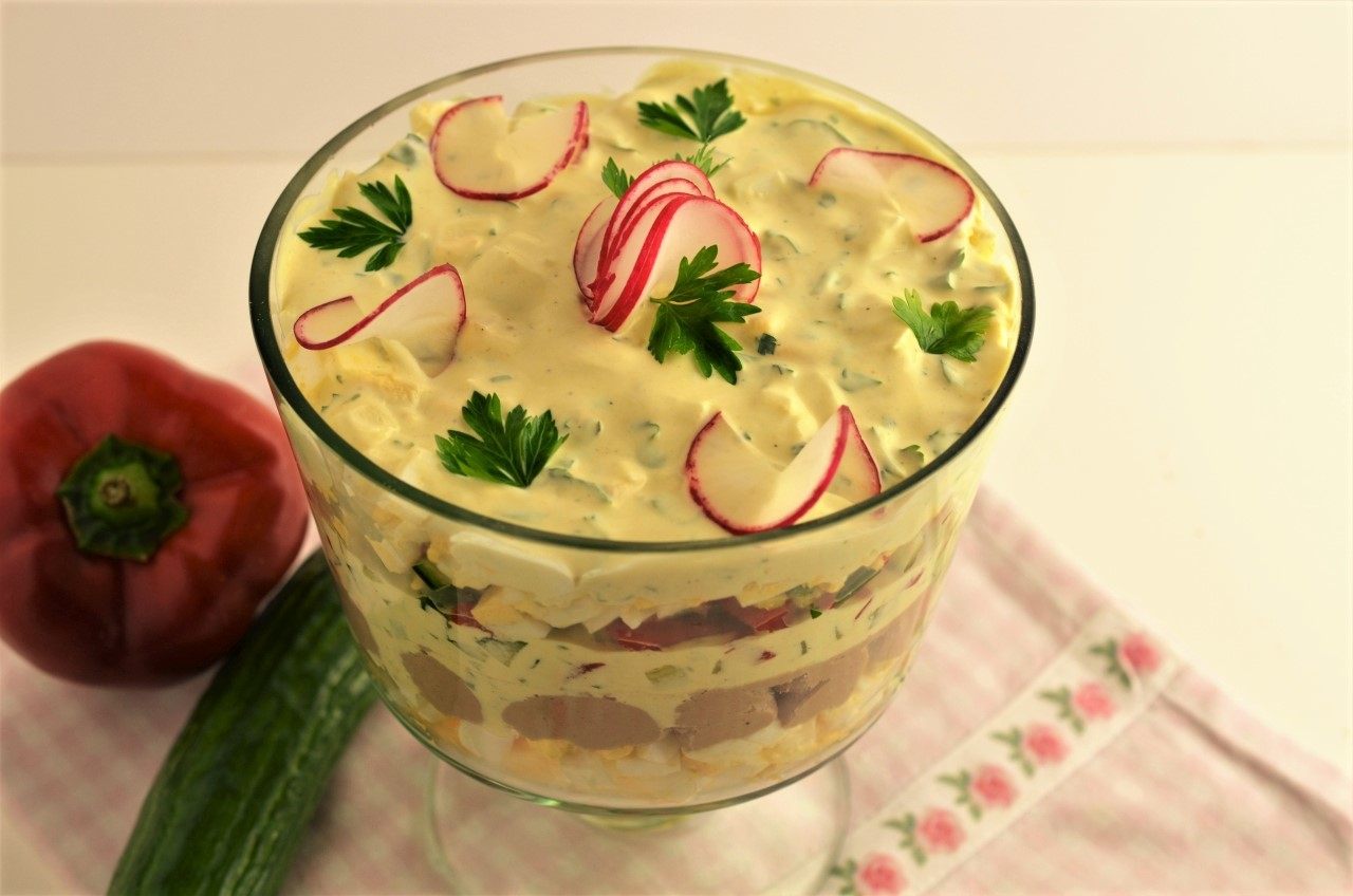 salata de oua in straturi