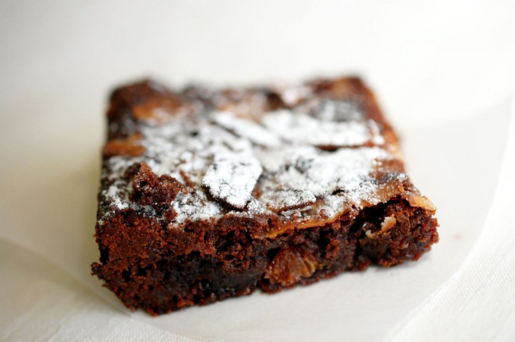 Prajitura cu nutella si ciocolata