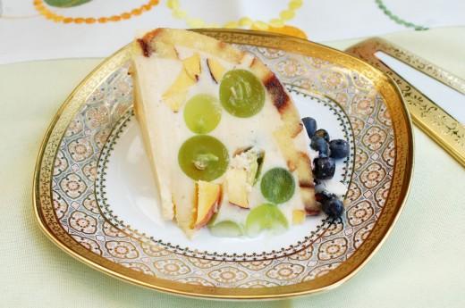 Sarlota cu fructe