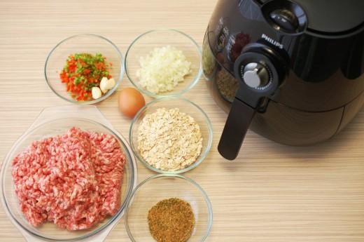 Ingrediente chiftele cu sos aromat
