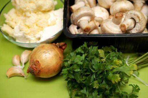 Pateuri cu branza si ciuperci