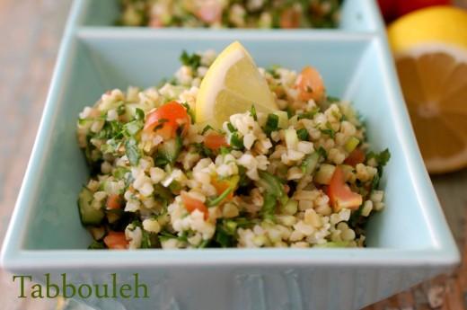 Tabbouleh - salata de bulgur cu patrunjel
