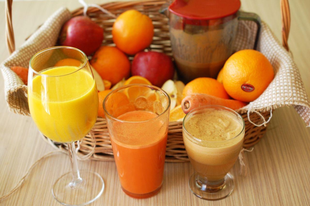 Suc de mere, portocale si morcovi