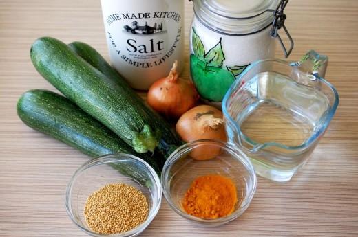 Ingrediente pentru dovlecei murati