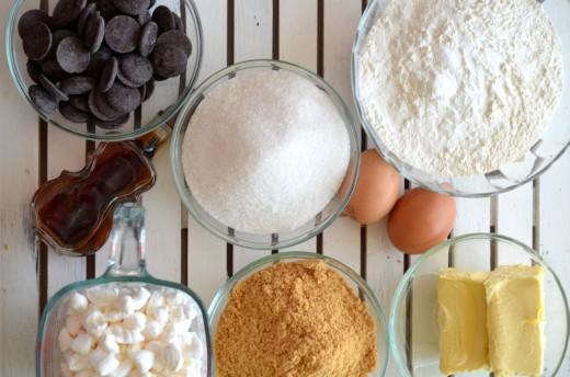 prajitura cu ciocolata si marshmallows