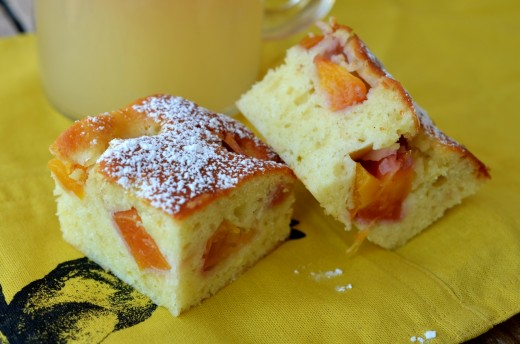 prajitura cu nectarine
