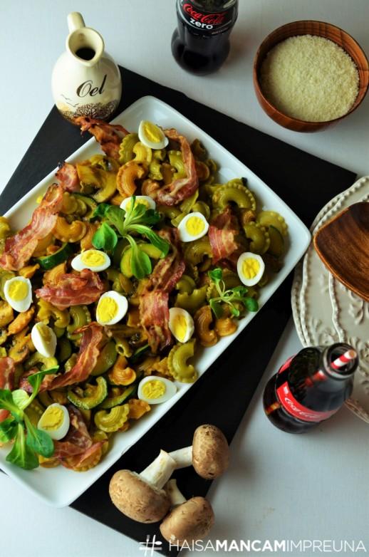 paste cu zucchini si ciuperci