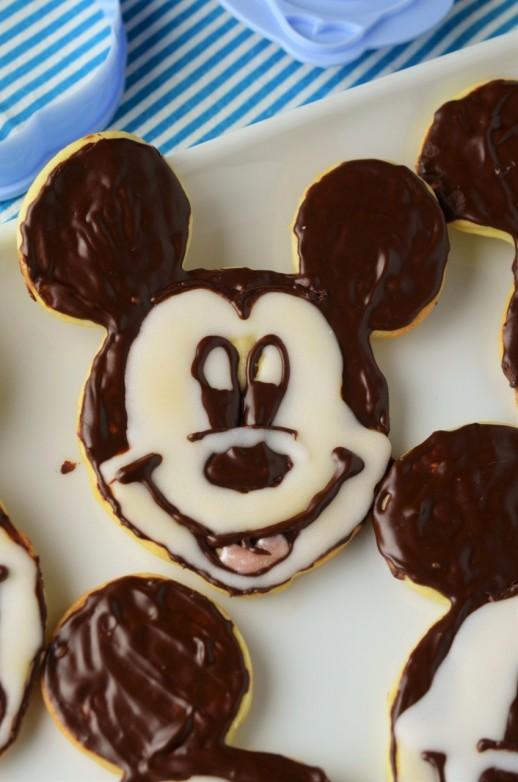 fursecuri mickey mouse