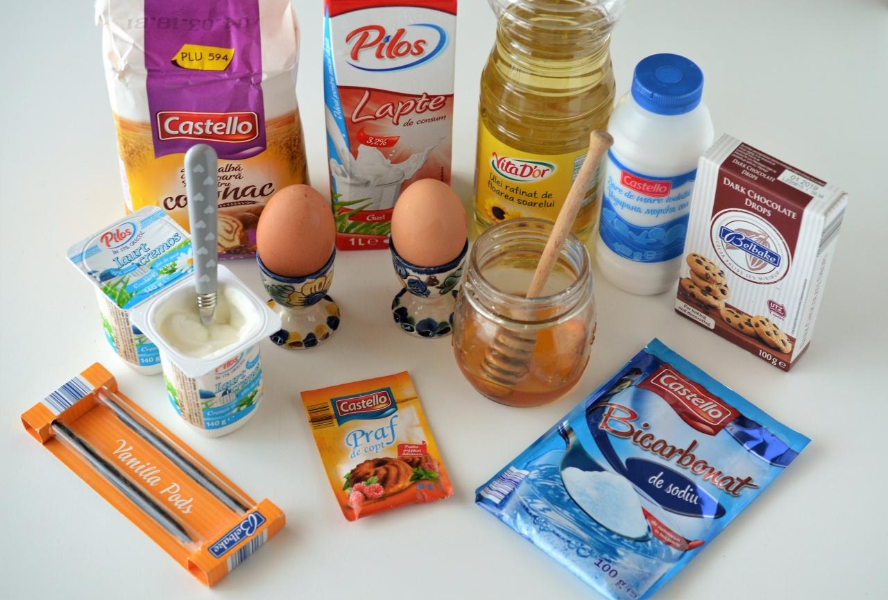 clatite americane cu iaurt grecesc