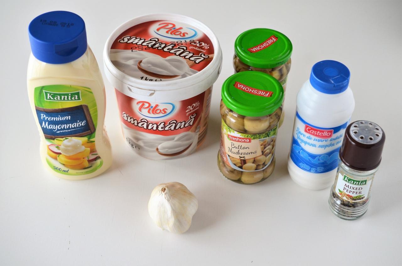 ciuperci cu maioneza si usturoi