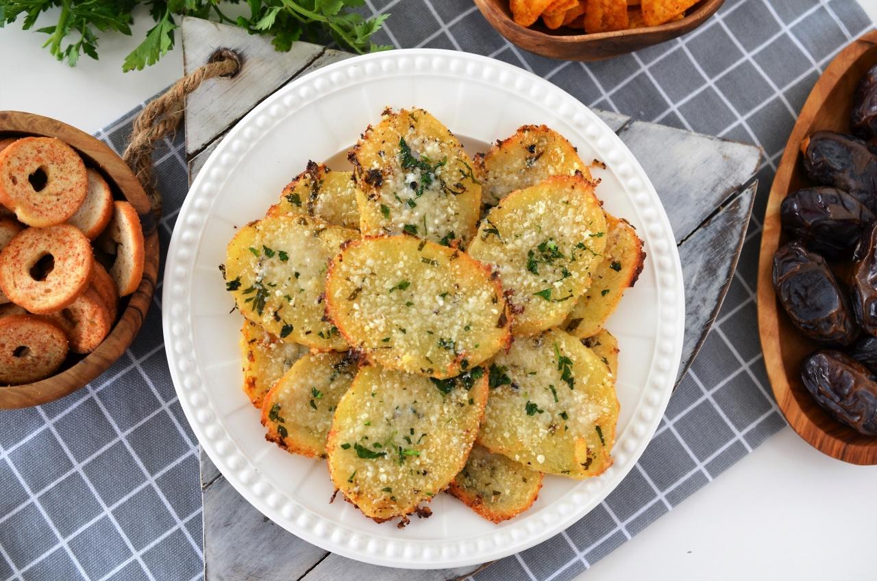 cartofi crocanti cu parmesan