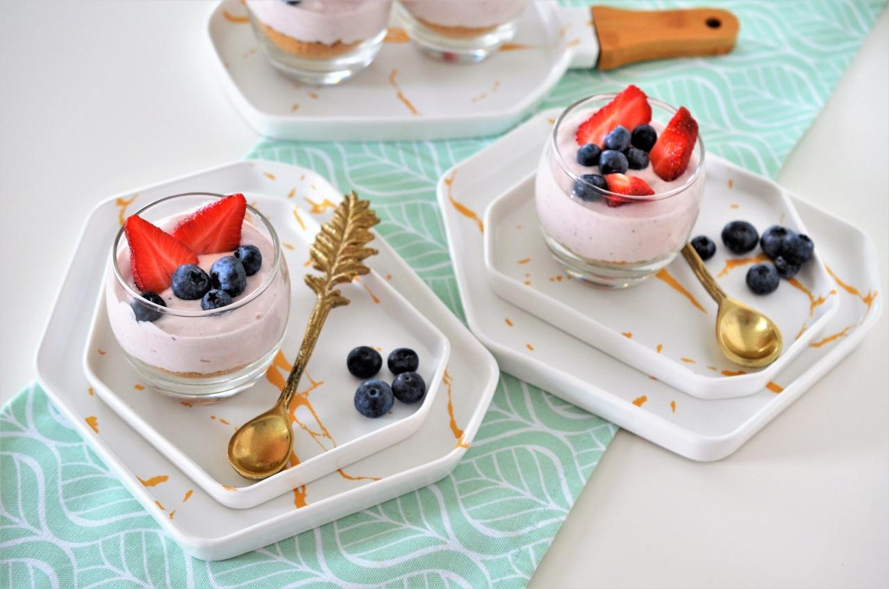 Cheesecake rapid cu fructe