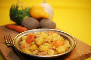 Tocanita de cartofi ca la buna