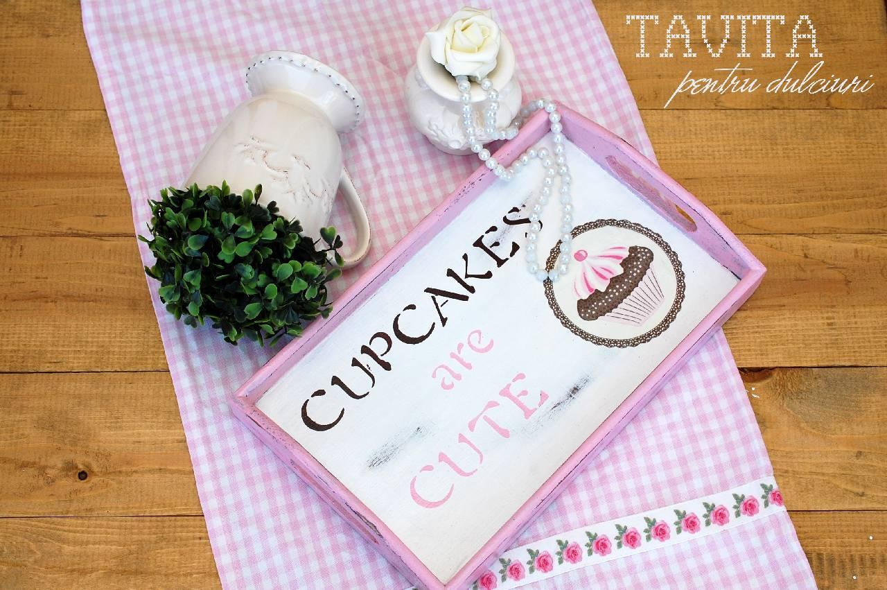 Tutorial decoupage: Tavita pentru dulciuri